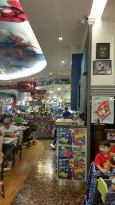 スーパーヒーローズカフェお勧めレストランシンガポール3
